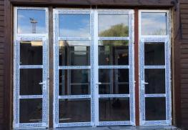 Входные алюминиевые двери