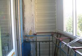 Усиление ограждения балкона