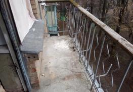 Фото балкона до изготовления выноса